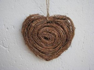 Heart Products Woven swirl hearts - Medium 16cm – R55 : Large 28cm – R75